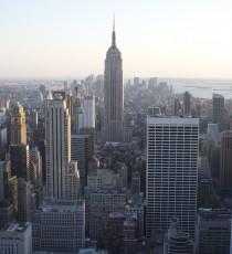 Die Aussicht von Top of the Rock aufs Empire State Building
